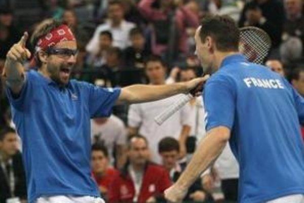 Francúzi sú bližšie k víťazstvu Davis Cupe.