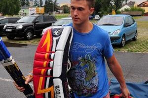 Jaroslav Janus si vlani zachytal v AHL, teraz je v nižšej súťaži a ďalej od NHL.