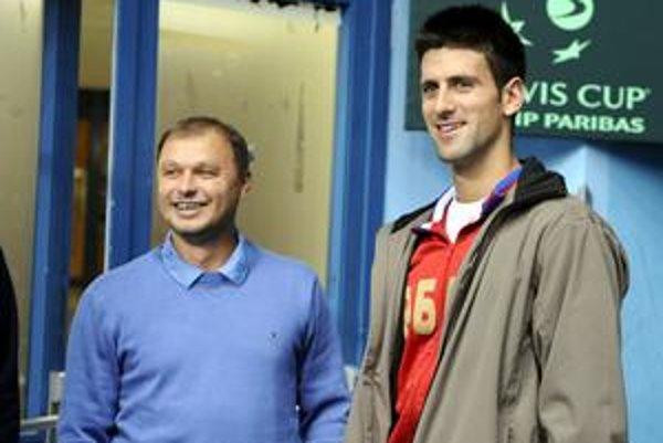 Slovenský tréner Marián Vajda so svojim zverencom Novakom Djokovičom.