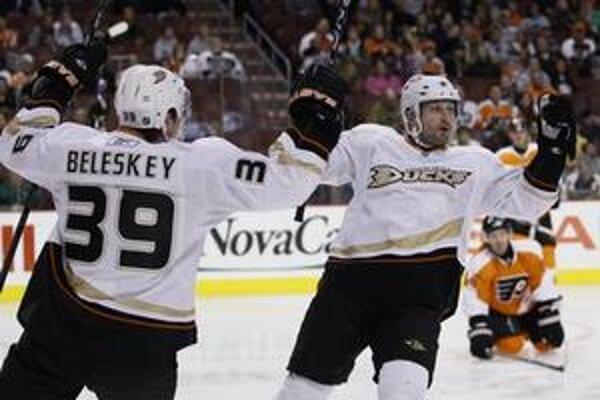 Ľubomír Višňovský sa udržuje medzi najproduktívnejšími obrancami NHL.