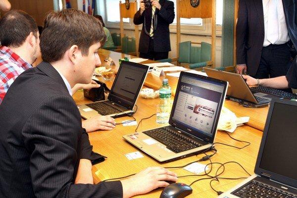 Mestá plánujú rozširovať elektronické služby.