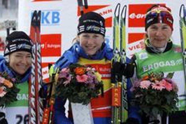 Zľava: druhá Švédka Carin Anna Olofssonová-Zideková, prvá Švédka Helena Jonssonová a tretia Slovenka Anastasia Kuzminová.
