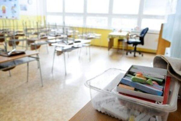 Štrajkujúce školy budú zavreté tri dni
