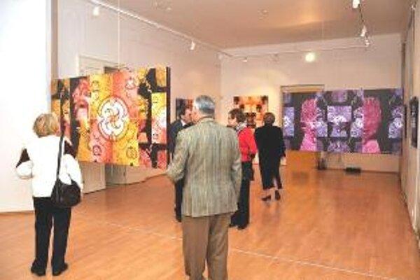 Priestory galérii opäť zaplnia diela známych umelcov.