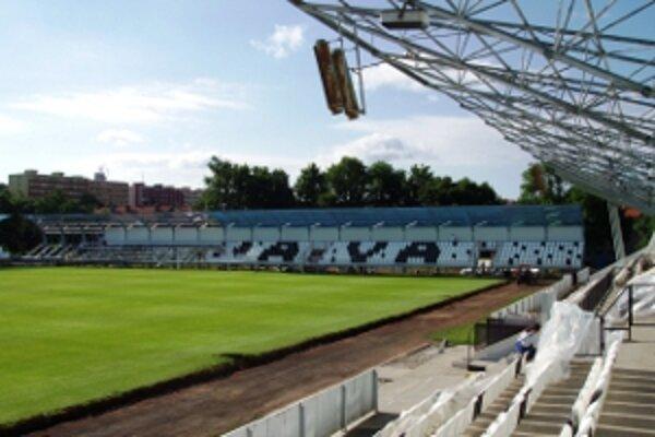 Rekonštrukčné práce na myjavskom štadióne pokračujú.