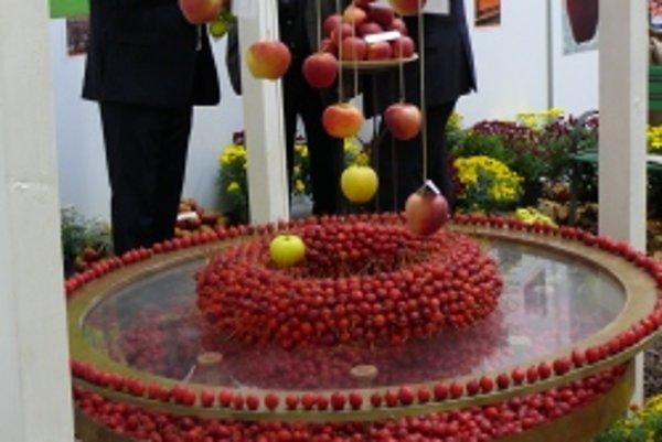 Jablkami sa chválili na Jahrade v Trenčíne pestovatelia ich záhradkári.
