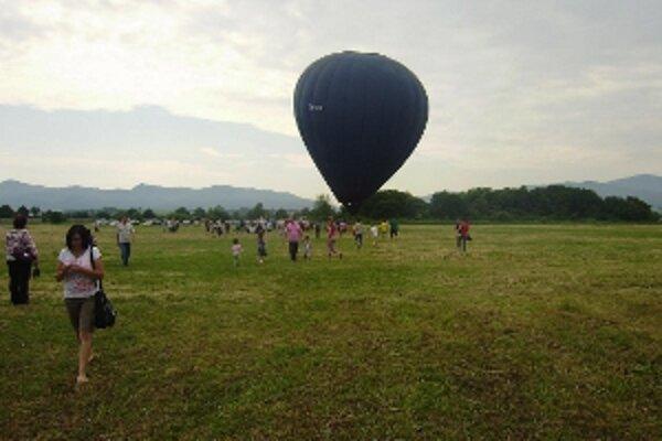 Deň detí oslavovali aj v balóne.