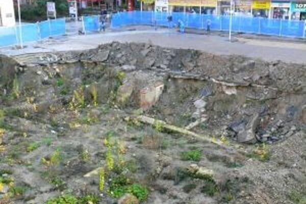 Investor podzemných garáží žiada odškodné vo výške cez 1,2 milióna eur.