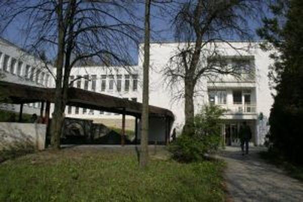 Myjavská nemocnica patrí medzi troch najväčších dlžníkov.