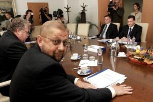 Ilustračná fotografia.Predseda Súdnej rady SR Štefan Harabin chce vystúpiť v parlamente s pripomienkami k programovému vyhláseniu vlády.