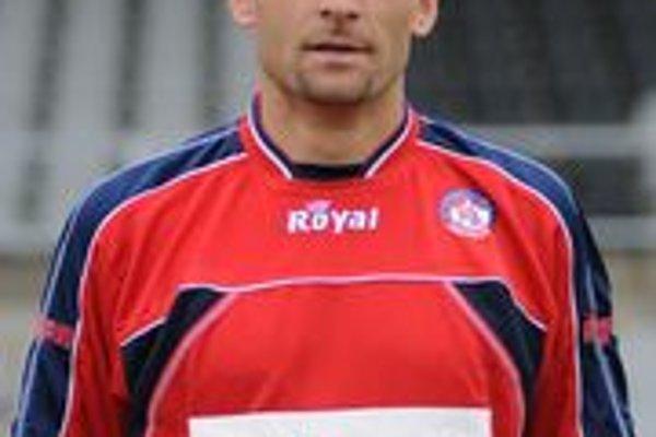 Tréner futbalistov AS Trenčín Adrián Guľa.
