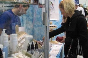 """O """"voňavý"""" stánok mali záujem aj návštevníci kozmetického veľtrhu Beauty 2010"""