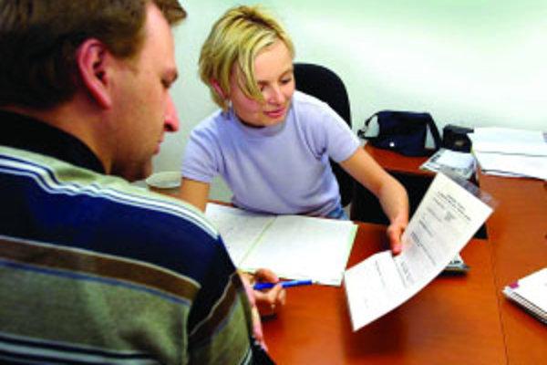 Úrad práce eviduje čoraz viac žiadostí o príspevok na podnikanie.