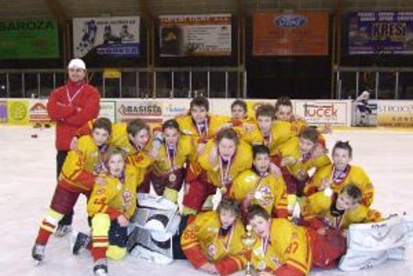 Víťazi turnaja, hokejisti siedmej hokejovej triedy.