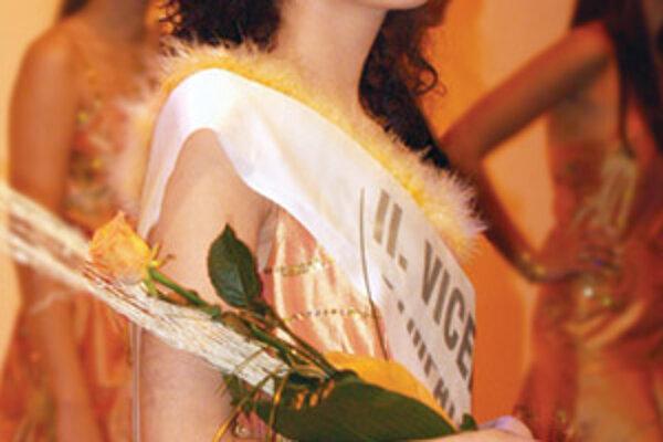 Karin Šťastná bola II. vicemiss na súťaži Miss Trenčín 2006.