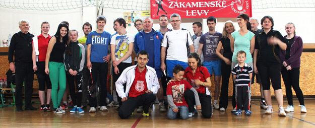 Turnaja sa zúčastnili tri desiatky bedmintonistov.
