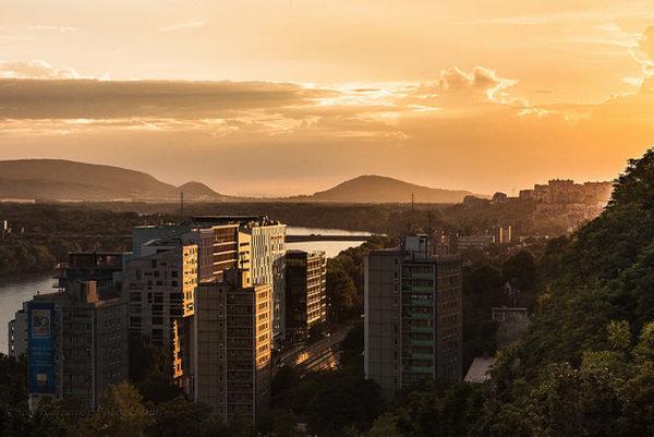Bratislavský región ťaží najmä z dobrej polohy na Dunaji.