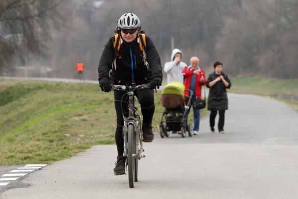 Na bicykloch sa dá voziť už niekoľko týždňov.