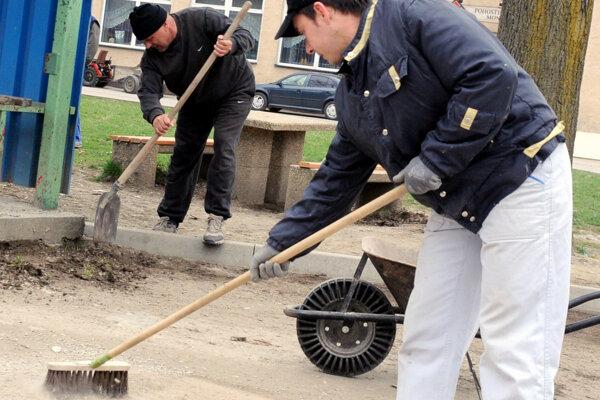 Jarné upratovanie v Prievidzi bude v sobotu 16. apríla.