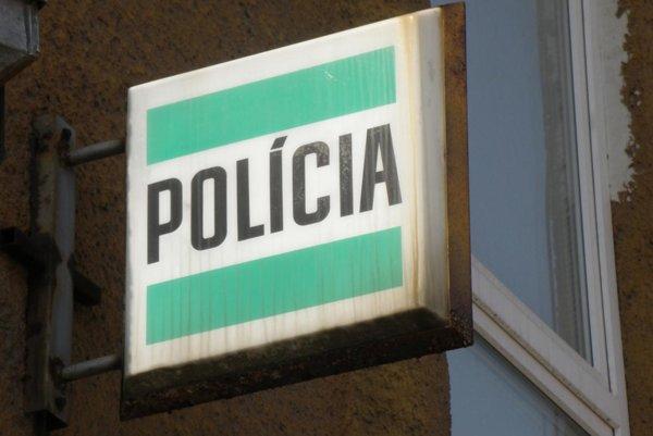 Polícia začala vo veci trestné stíhanie pre prečin ublíženia na zdraví.