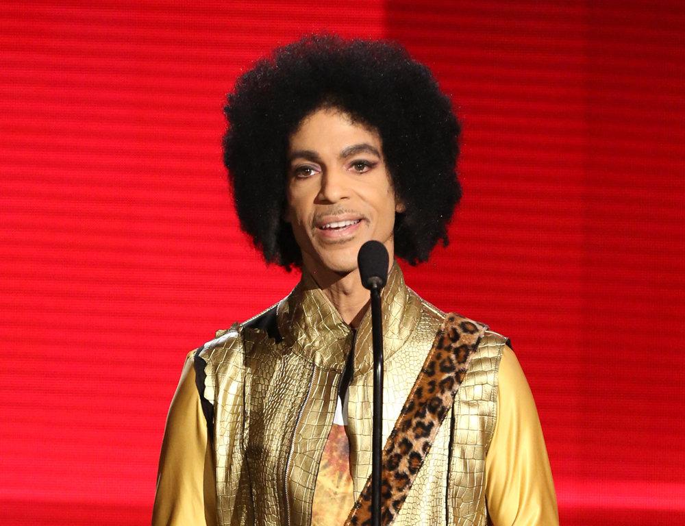 podľa amerického magazínu Rolling Stone je Prince 27. najlepším interpretom všetkých čias.