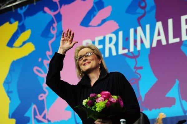 Herečka dostala na festivale Berlinale v roku 2012 čestné ocenenie Zlatý medveď za celoživotné dielo.