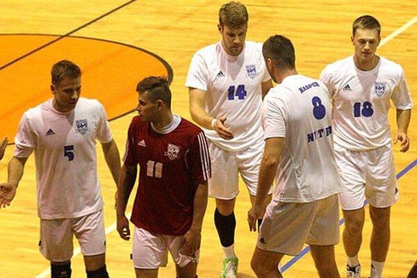 Volejbalisti Nitry prvý ligový zápas v sezóne zvládli a získali tri body.
