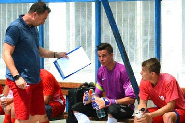 Miroslav Hrdina (vľavo) sa stal hlavným trénerom futbalistov Serede.