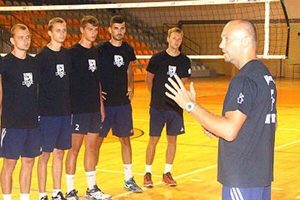 Družstvo pod vedením Marka Kardoša zohrá na turnaji prvé zápasy v rámci prípravy na extraligu.
