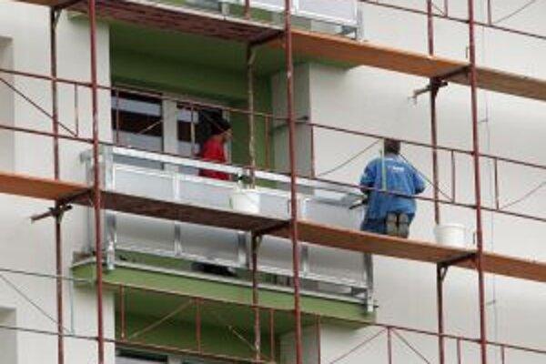 Sezónne stavebné práce. V zime im klimatické podmienky veľmi neprajú.