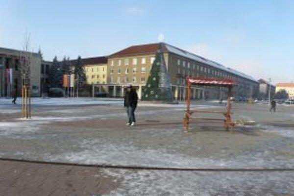 Ľadovú plochu sprístupnia priamo na Námestí Matice slovenskej 17. decembra.