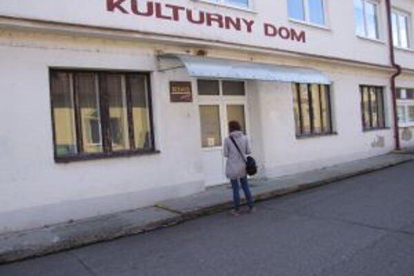 Žarnovický Kultúrny dom. S jeho rekonštrukciou možno začnú už v decembri.