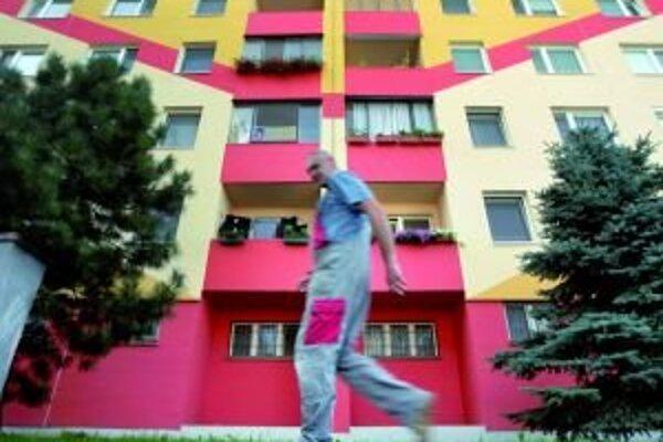Súkromná firma ponúkne hotové byty mestu.