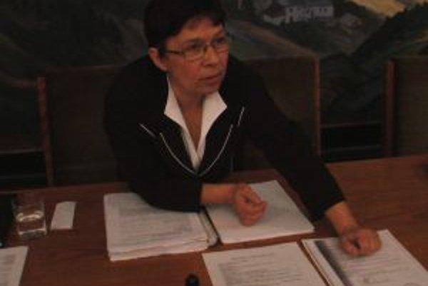 Kremnická primátorka Zuzana Balážová sa chce obrátiť na Úrad pre verejné obstarávanie.