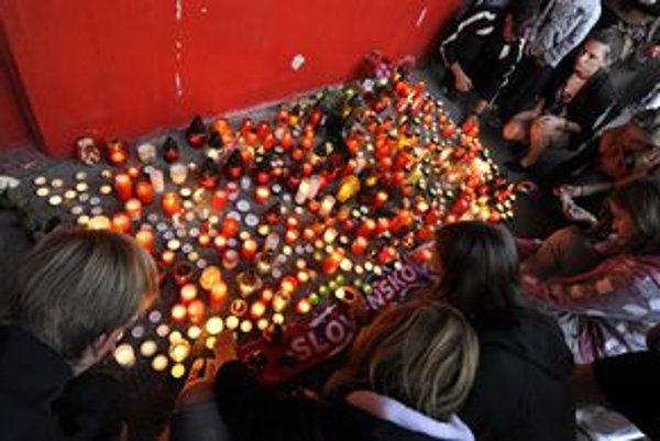 Zapáliť sviečku za Pavla Demitru môžu Žiarčania v centre mesta aj na zimnom štadióne.