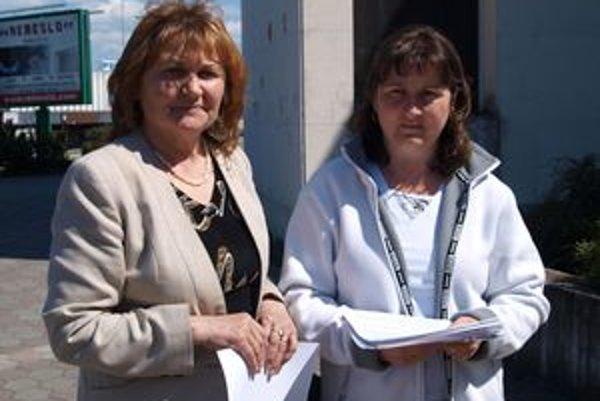 Iniciátorky petície. Magdaléna Poloňová (vľavo) tvrdí, že proti interrupciám sú aj mnohí neverieci.