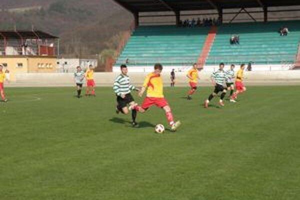 Žarnovica získala na domácej pôde dôležité body.