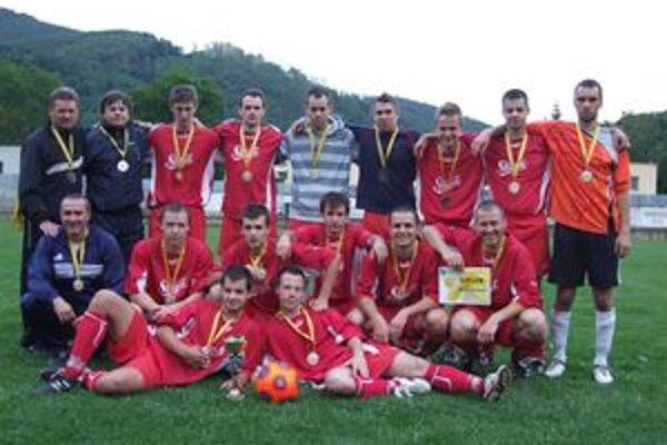 Mužstvo Hodruše-Hámrov postúpilo do vyššej súťaže bez väčších problémov.