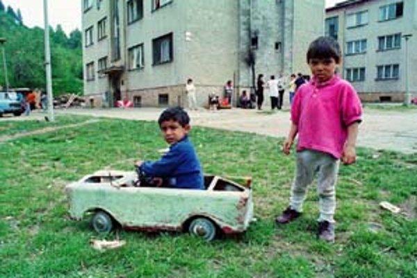 Šobov je banskoštiavnická lokalita, v ktorej bývajú prevažne Rómovia.
