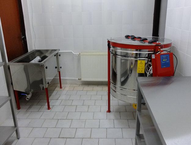 V sídle spoločnosti v centre Kremnice vzniká medáreň, kde sa bude vyrábať produkt so značkou Kremnický med.