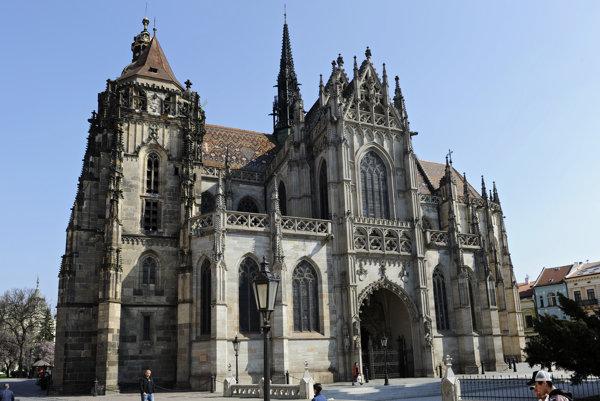 Kniha Pútnicky kostol sv. Alžbety odhalí zabudnutú kapitolu z dejín mesta a najväčšej stredovekej katedrály na Slovensku.
