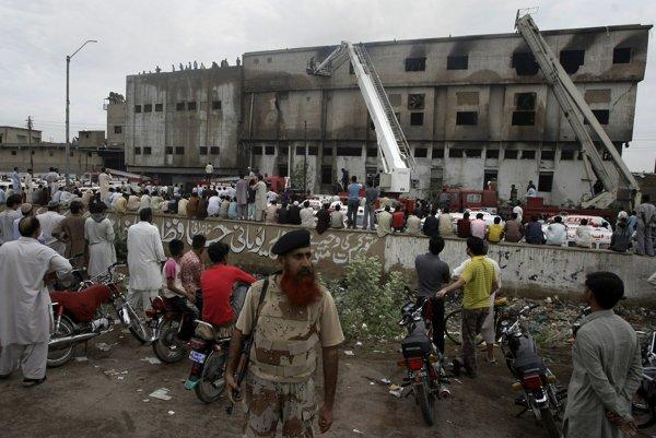 Ľudia v pakistanskom meste Karáčí.