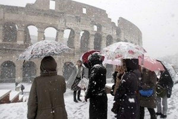 Zimná prehliadka Kolosea ja možná len z ulice.