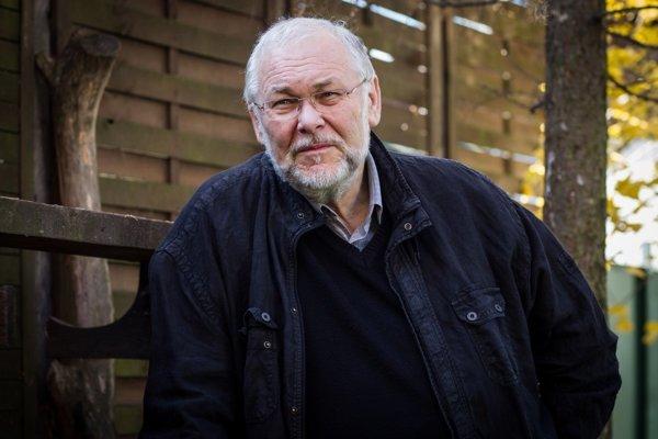 Peter Mikuláš.