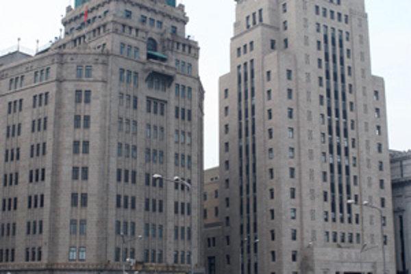Hotel Mieru patrí k hlavným klenotom šanghajského nábrežia Bund.