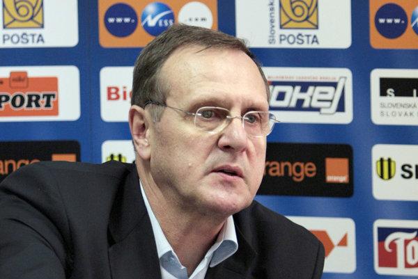 Ján Filc sa tiež podieľal na rozvoji hokeja v Nitre. Pod Zoborom pôsobil desať rokov - ako hráč a tréner.