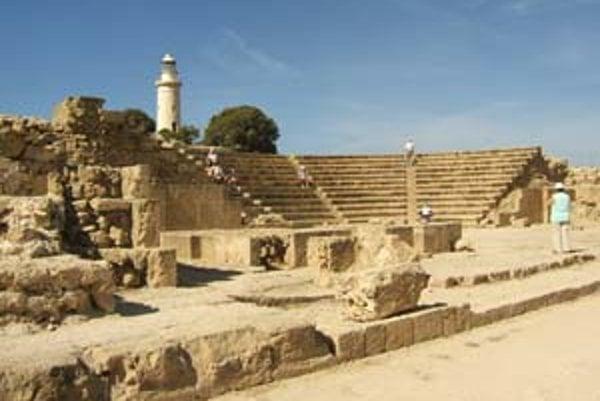 Pafos patrí k najpôvabnejším mestám Cypru. Bol centrom Afroditinho kultu a hlavným mestom ostrova.