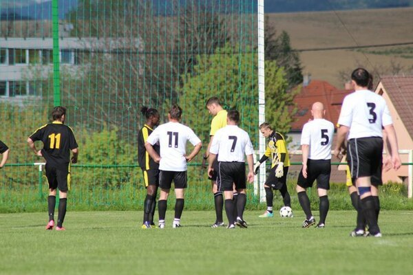 Diváci vo Svinnej gól nevideli.