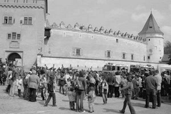 Návštevnosť Kežmarského hradu prekročila očakávania správcu, počet turistov stúpol na dvojnásobok. Môže za to aj mierna zima a nedostatok snehu.