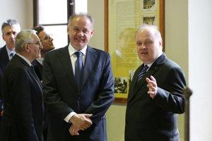 Na foto spoločne s riaditeľom Mincovne Vlastimilom Kalincom.